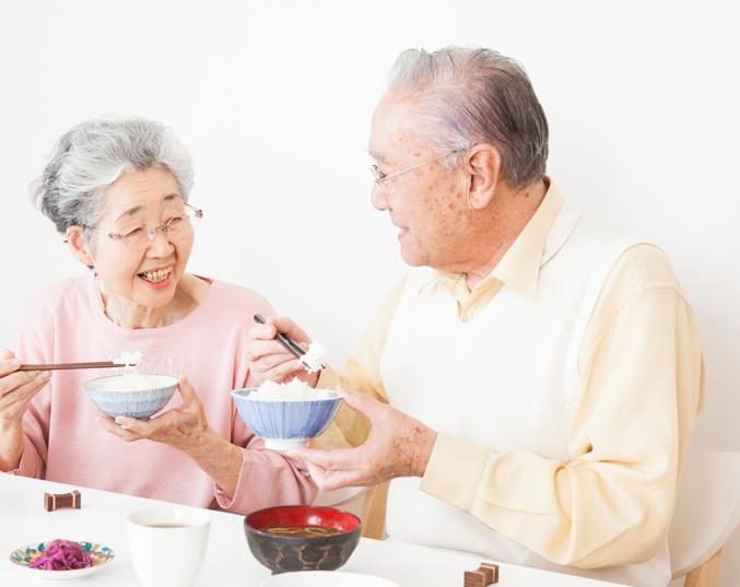 老人と生活のイメージ